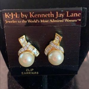 Kenneth Jay Lane Jewelry - Vintage Kenneth Jay Lane Pearl & Crystal Earrings